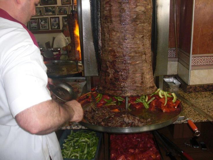 Erzincan'da doner yemek ayri bir lezzet ( Sevdamiz Erzincan )