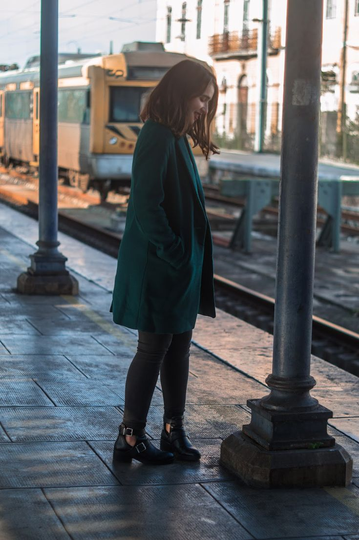 A Maiazita: Outfit Of The Day | Train Tracks & New Coat