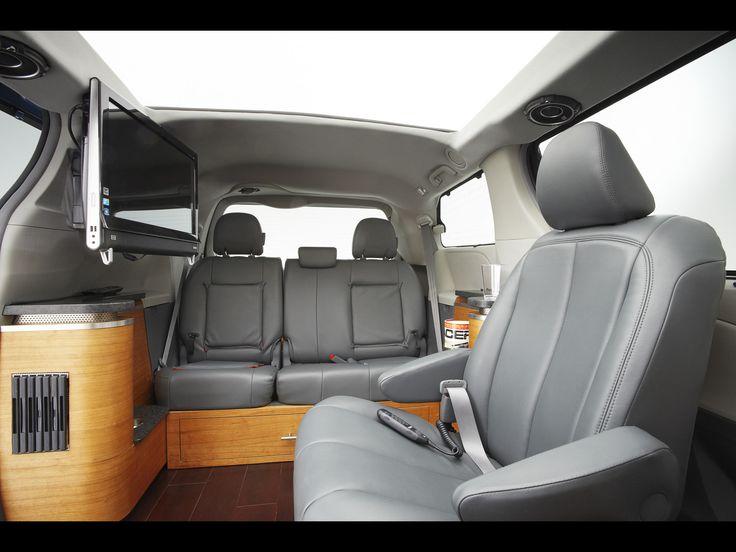 2010 Toyota Sienna Swagger Wagon Supreme - Interior - 1920x1440 - Wallpaper