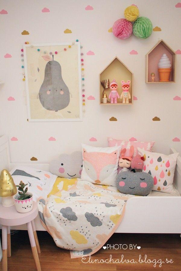 elinochalva - lucky daughters :) Such a lovely room!
