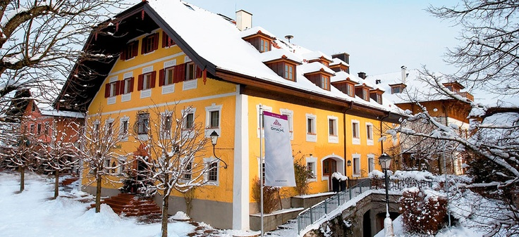 Established in 1334, Hotel Gmachl on the outskirts of the city of Salzburg is the oldest family-run establishment in Austria. http://www.schlosshotels.co.at/en/gmachl