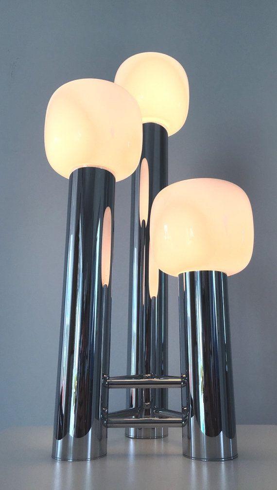 Beautiful italian designed vintage table lamp by Deerstedt on Etsy