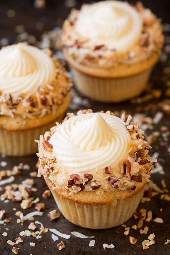 Italian Cream Cupcakes - Cooking Classy