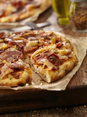 Spanish Chorizo and Serrano Ham Pizza - Lauri Patterson / Getty Images