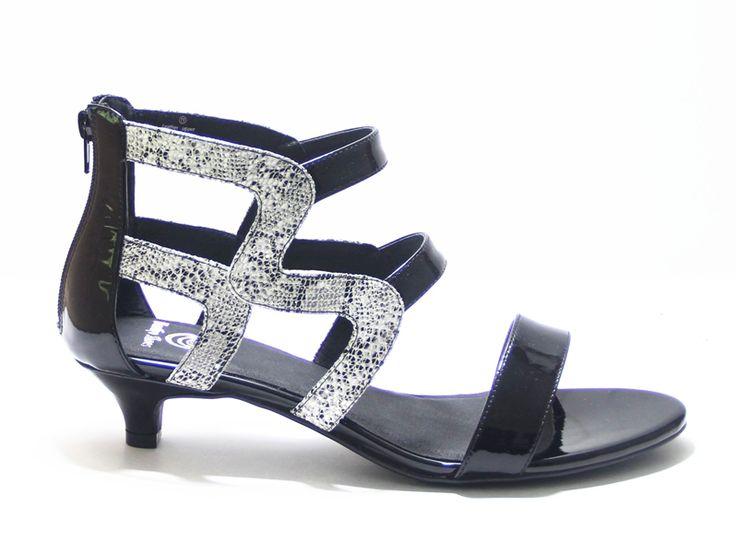 24 best Vertigo Shoes Kitten Heels images on Pinterest   Vertigo ...