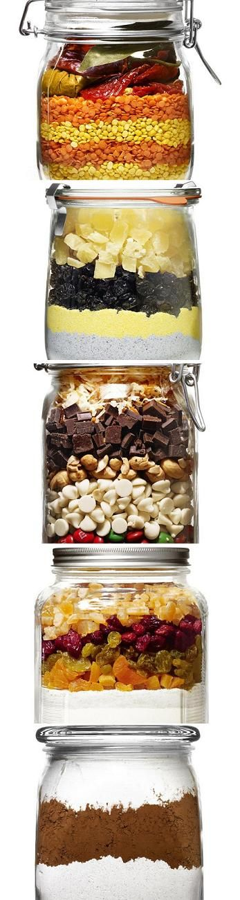 recipes in a jar: these are so easy & such a lovely gift! recipes include Christmas Crunch Cookies, Lentil Soup & Spiced Cocoa