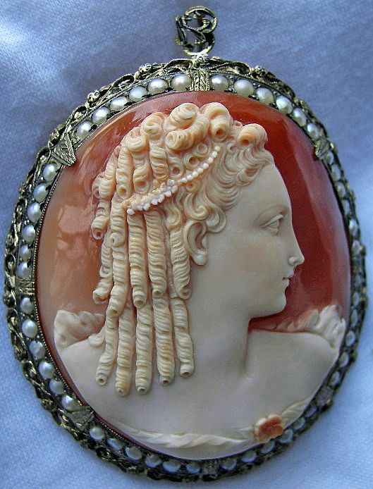 Cameo of Marie Antoinette that King Louis XVI had made.