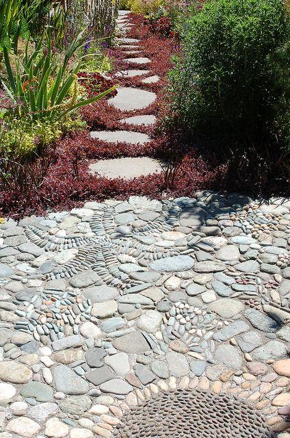 Innovative Garden Pebble Mosaic
