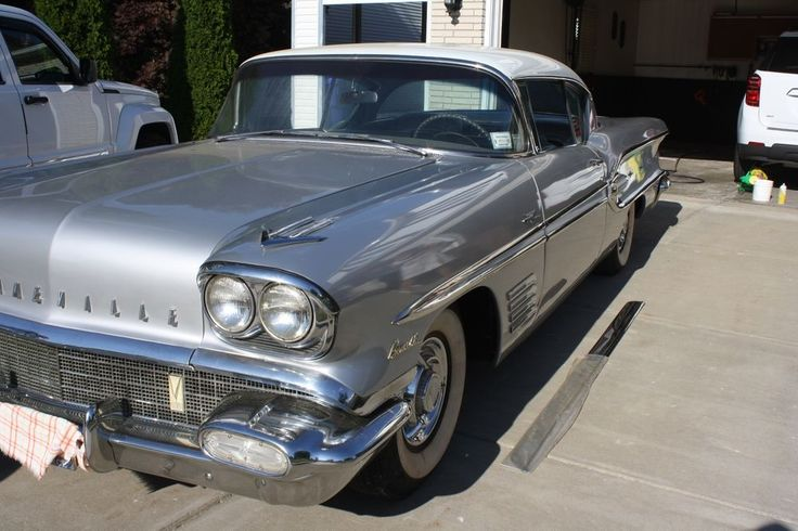 Last call on this 1958 Pontiac Bonneville. - Fresh paint (Silver and white)