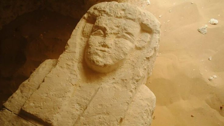 Archaeologists discover three ancient tombs in Egypt http://lnk.al/51HF #artnews