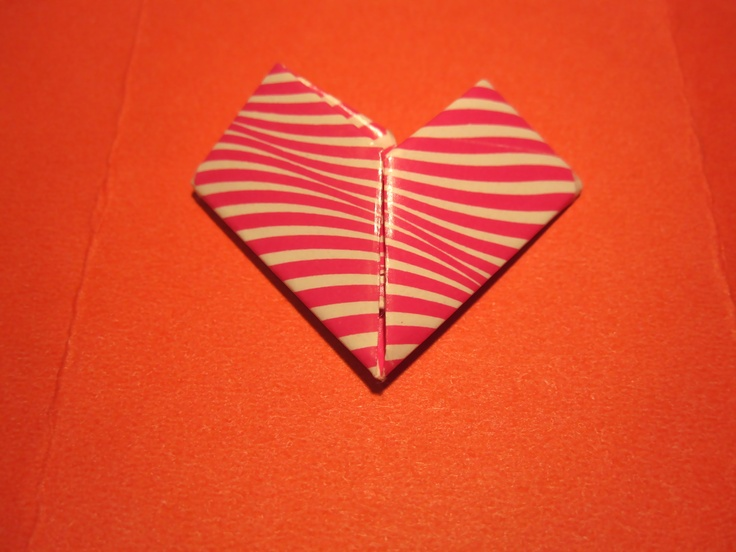 How to fold a note into a heart......for my lunch box notes!: Holiday Ideas, High School, Gift Ideas, Heart Shape, Paper Heart, Party Idea, Origami Heart, Lunch Box Notes