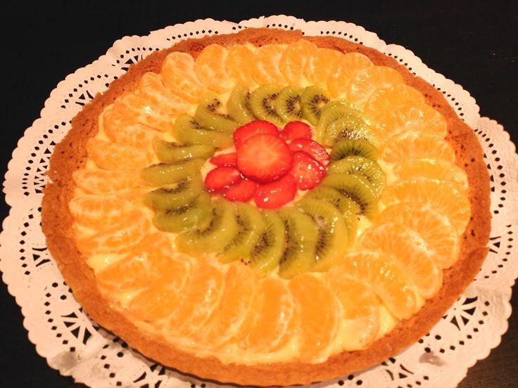 Deliciosa tarta de frutas naturales. Rica, fácil y fresca.