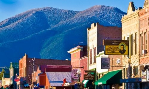 Red Lodge, Montana, one of many quaint, cute, and western towns in Montana!