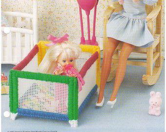 Temps de chambre denfant: Meubles de poupée par grammysyarngarden