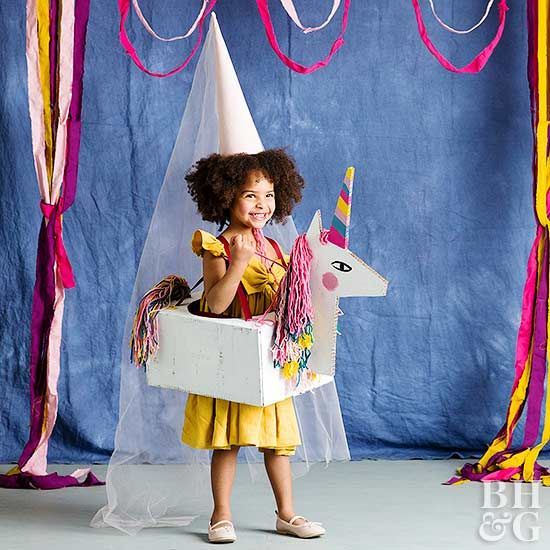This adorable unicorn adds a magical (and easy!) element to any princess dress.