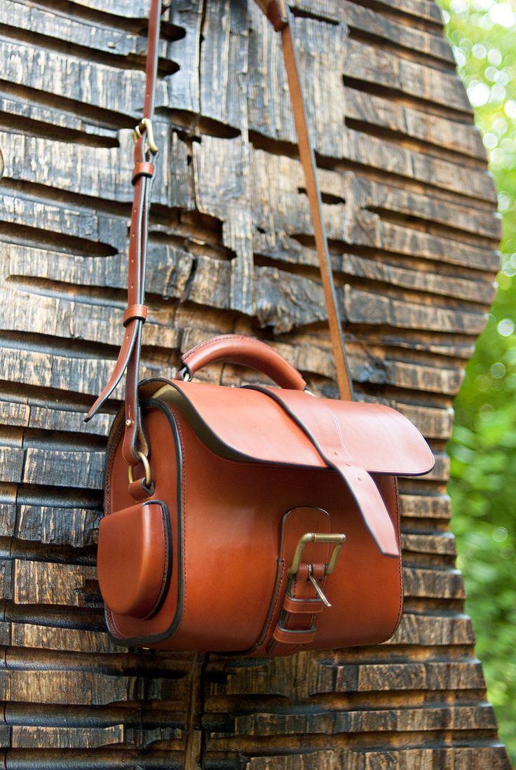sac en cuir pleine fleur pour appareil photo subdivise. Black Bedroom Furniture Sets. Home Design Ideas