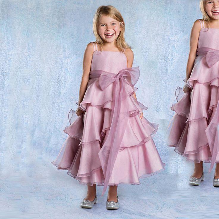 As 69 melhores imagens em Wedding party lovely little flower girl ...