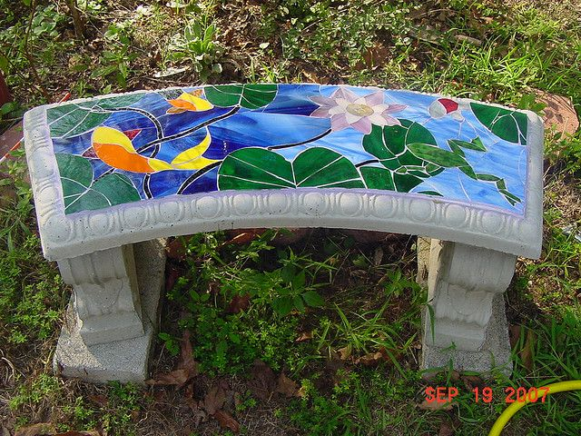 Mosaic bench by sunnylyn, via Flickr