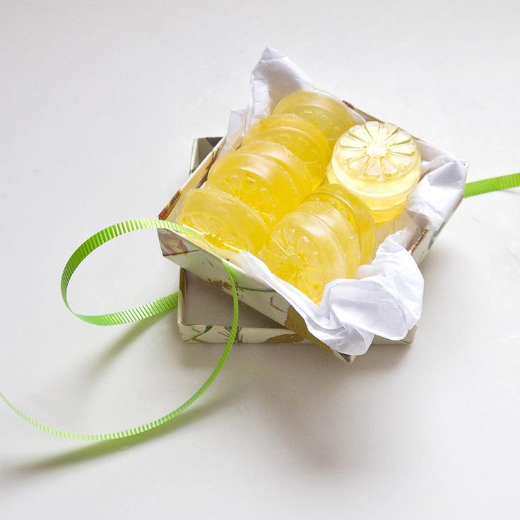 Don't toss your lemon rinds aside! Save them for this DIY lemon soap project that yields lemony fresh results perfect for party favors. Photo: Sarah Lipoff