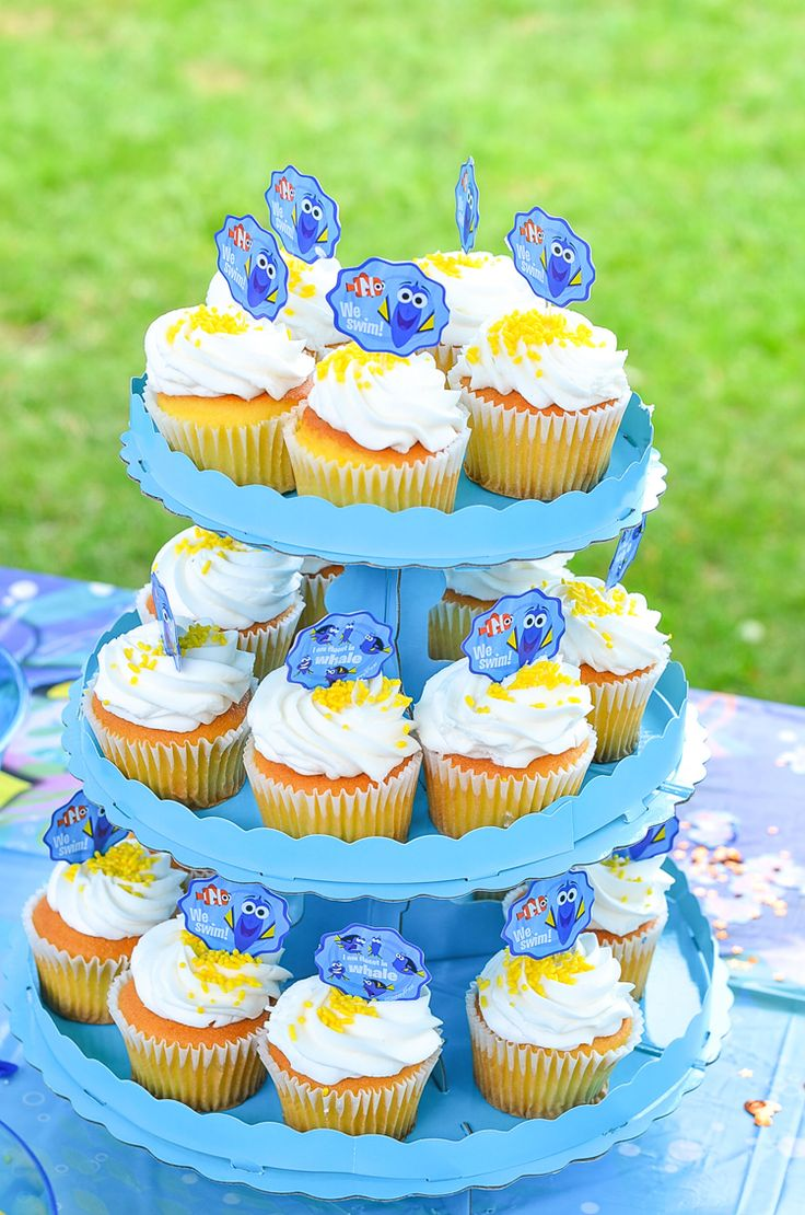 Come see our Finding Dory Birthday Party!! Outdoor Birthday parties for kids are the best summer bbq parties. Finding Dory or Finding Nemo Birthday Party.