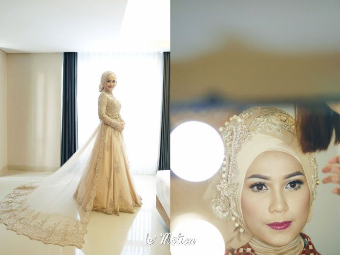 An inspiration for hijab wedding make up | Farah & Dirga - Jawa & International Wedding by Le Motion | http://www.bridestory.com/le-motion/projects/farah-dirga-jawa-international-wedding
