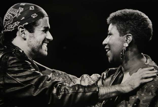 "George Michael and Aretha Franklin - 1988 in Auburn Hills, Mich.,on his tour for his Grammy-winning album ""Faith."" - photo Robert Kozloff"