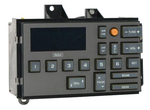 1988-94 Chevy Truck Radio Control Head OEM Factory GM Delco EQ Version 16154435