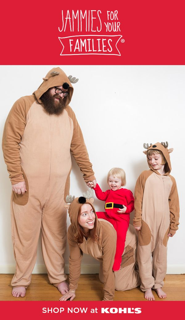 "Nothing says ""photo op"" like matching Jammies For Your Families®! Karla  Davis and her family love to snuggle up and get cozy every holiday season b2b7d5c5e"