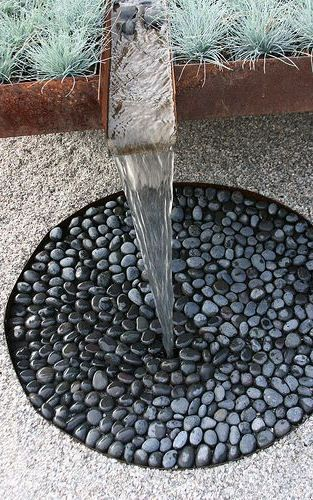 ❥ Beach/river rocks for drain surface