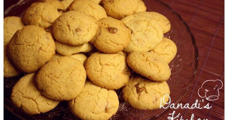 Danadi's Kitchen: Fehér csokis - vaníliás keksz