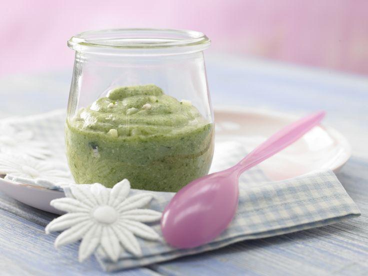 Spinatbrei mit Pute - Mittagsbrei ab 7. Monat - smarter - Zeit: 25 Min. | eatsmarter.de