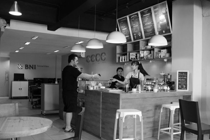Machine: Vibiemme Lollo  Grinders: Eureka Zenith  Manual brewing: French press, V60  Roaster:   Caswell's Coffee, Giyanti Coffee  Hours: Everyday 10.00 - 23.00  Wi-Fi: Yes  W.C: Yes  Outdoor seating: Yes