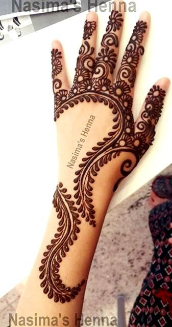 Today's featured artist is Nasima from Nasima's Henna. Her creative arabic mehndi designs makes her a unique henna artist.