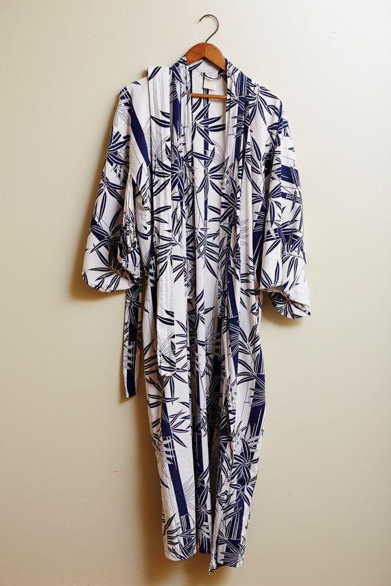 1980s Japanese Yukata Cotton Kimono In Blue and White Bamboo Leaf Print with Tie