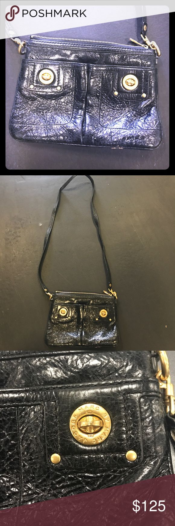 Vintage Marc Jacobs crossbody Amazing vintage Marc Jacobs black crossbody purse Marc Jacobs Bags Crossbody Bags
