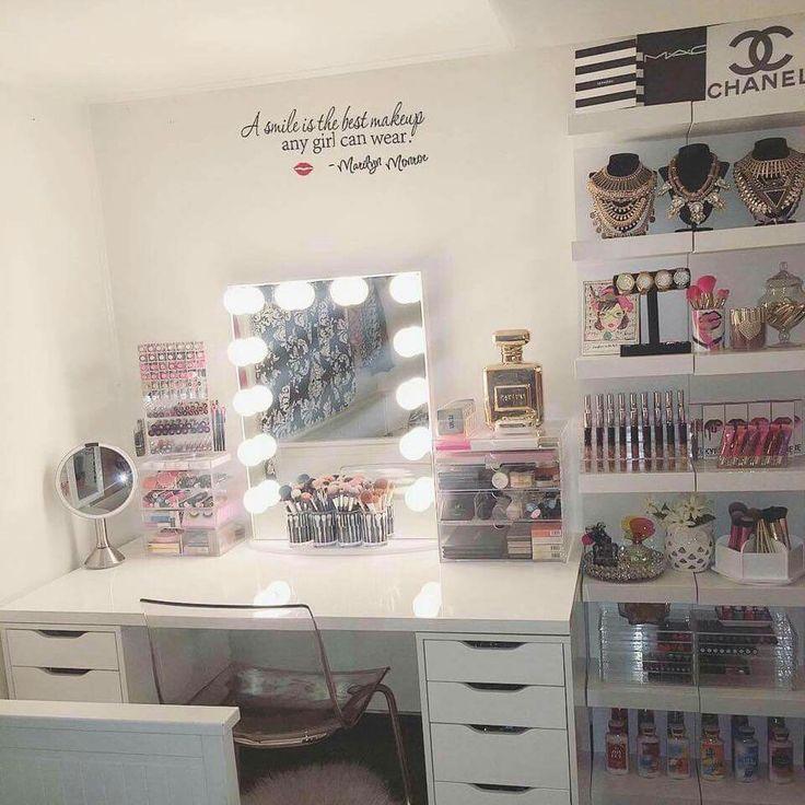 Dream Vanity Room...