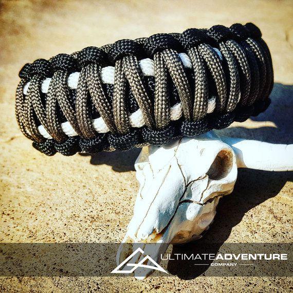 Black Gray White King Cobra Paracord Bracelet, Hunting Fashion, Fathers Day Gift, Mens Bracelet, EDC Bracelet, Gifts for dad, Groomsman Gift