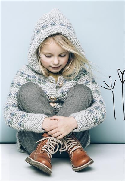 """1502: Modell 15 """"Bitteliten"""" jakke #alpakka #strikk #knit"""