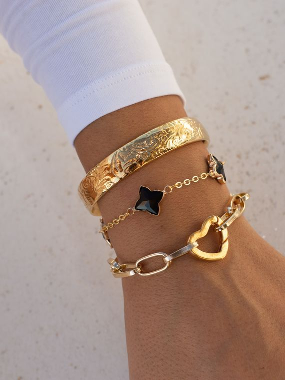 Love Bracelet, Gold Bangle, Crosses Bracelet | Gold heart bracelet, Gold  bangles, Gold bracelet for women