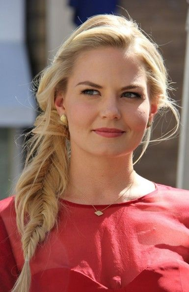 Red carpet hairstyle. Messy fishtail braid - Jennifer Morrison.Celebrity Hairstyle