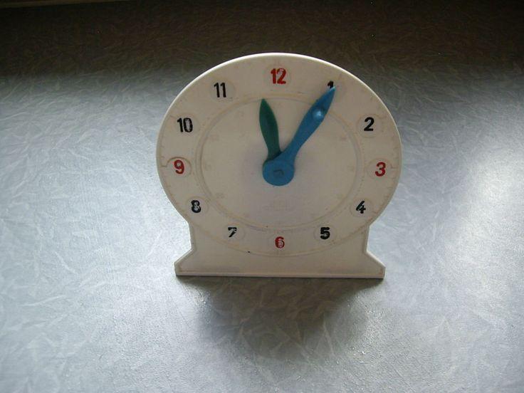 DDR Uhr von Piko für Kinder