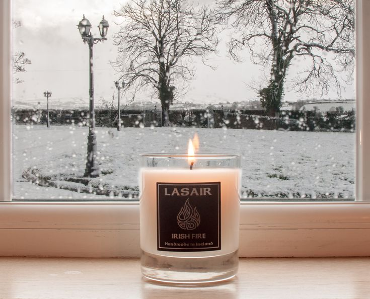Throwback to those cold winter wonderland days when the scent of a peat fire in Ireland helped to warm our souls #IrishFire #PeatFire #Snow #Winter #Candle #Lasaircandles #Natural #handmadeinireland