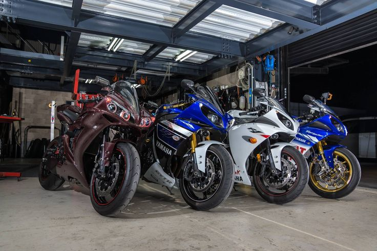 MY YZF-R1 with MY FRIENDS