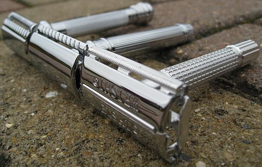 Choosing safety razor instead of cartridge razors will save you money. The best safety single blade razors will bring your wet shaving to a new level.