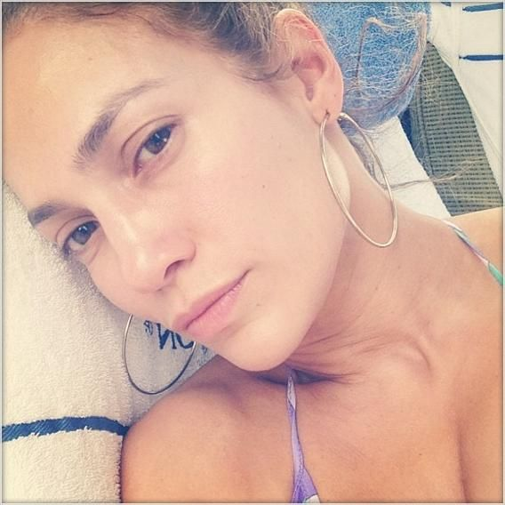 Celebs Who Look Better Without Makeup | Jennifer Lopez's selfie.