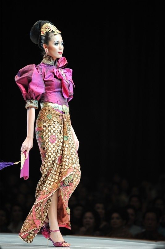 Indonesian kebaya with batik only own Indonesian