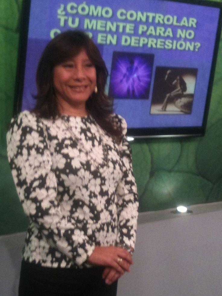 "Canal ""ATV"" Programa: Hola a Todos Invitada: Psic. Clin. Dra. Martha Leiva de Ch."