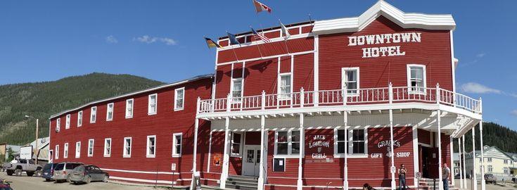 """Die Olive im Martini ist nicht jedermanns Sache. Aber haben Sie schon mal einen abgetrennten Zeh im Cocktailglas gehabt? Wenn ja, dann sind Sie einer von ca. 100 000 mutigen Mitgliedern des """"Sourtoe Cocktail Club"""", der seinen Ursprung in Dawson City, Kanada hat. Mitglied zu werden ist..."""