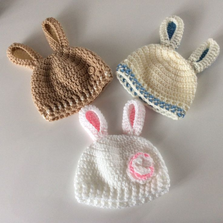 Blij om mijn nieuwste toevoeging aan mijn #etsy shop te kunnen delen: Babymuts met oortjes, mutsje lentebaby, Pasen, pasgeboren babymuts, babymuts fotoshoot,  unicorn mutsje Pasen, gehaakt. Mutsje konijnoor. #accessoires #pasen #regenboog #wit #mutsmetorenbaby #mutslentebaby #beaniemetoor #paasmutsjebaby #babyfeestje