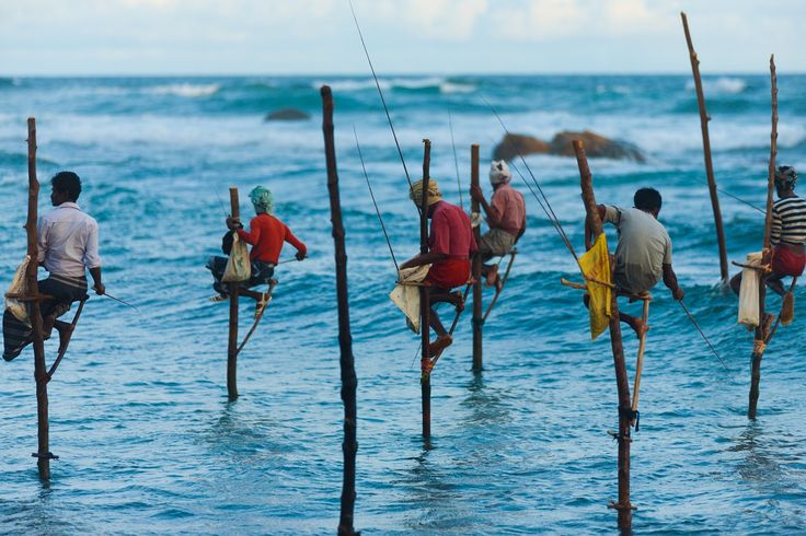 Local fishermen Sri Lanka - http://www.travelmoodz.com/en/destination/sri-lanka